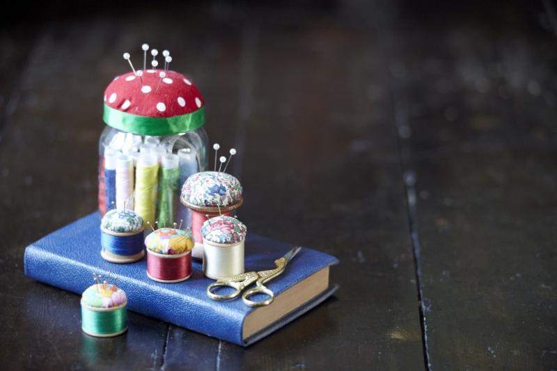 jam jar sewing kit